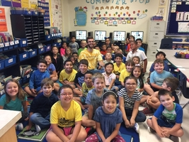 Rig French reads to 1st graders